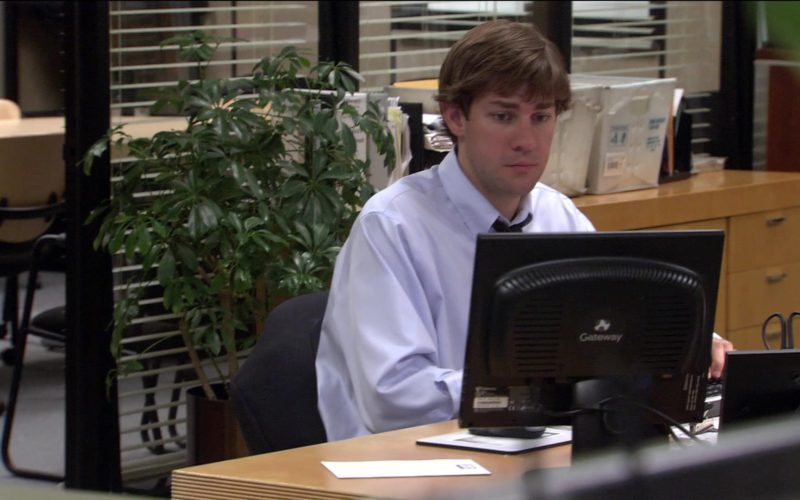 Gateway Computer Monitor Used by John Krasinski (Jim Halpert) in The Office (1)