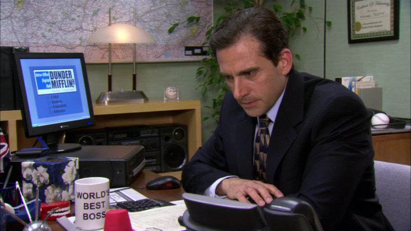 "Gateway Computer Monitor Used by Steve Carell (Michael Scott) in The Office – Season 2, Episode 22, ""Casino Night"" (2006) TV Show Product Placement"