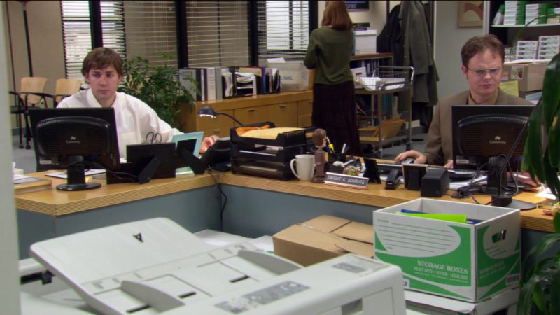 """Gateway Monitors in The Office – Season 2, Episode 17, """"Dwight's Speech"""" (2006) - TV Show Product Placement"""