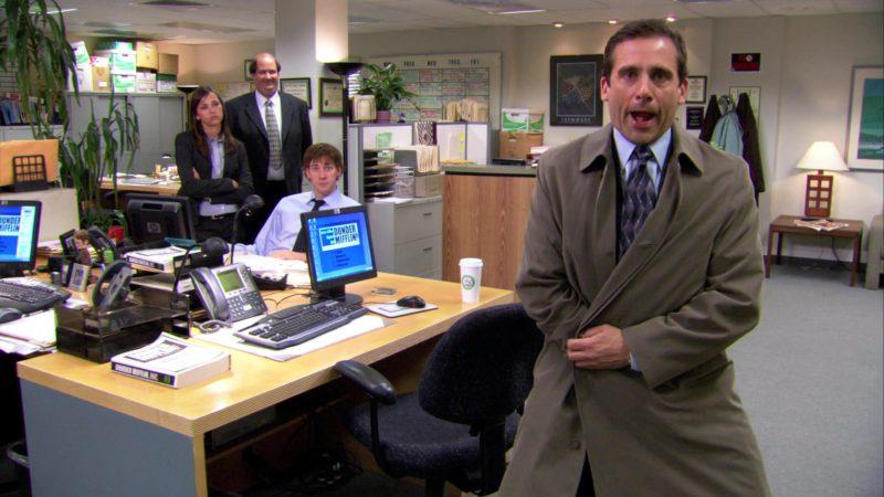 "HP Computer Monitor Used by John Krasinski (Jim Halpert) in The Office – Season 3, Episode 22, ""Women's Appreciation"" (2007) - TV Show Product Placement"