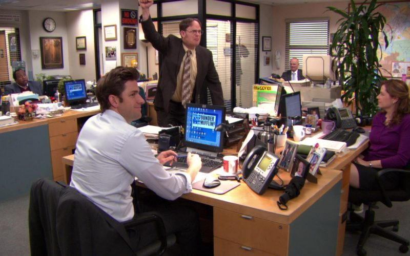 HP Computer Monitor and Cisco Phone Used by John Krasinski (Jim Halpert) in The Office (1)