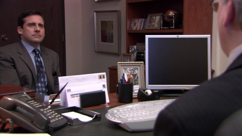 "HP Computer Monitor in The Office – Season 5, Episode 24, ""Heavy Competition"" (2009) TV Show Product Placement"
