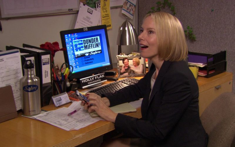 HP Monitor Used by Amy Ryan (Holly Flax) in The Office (1)