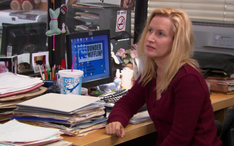 HP Monitor Used by Angela Kinsey (Angela Martin) in The Office (1)