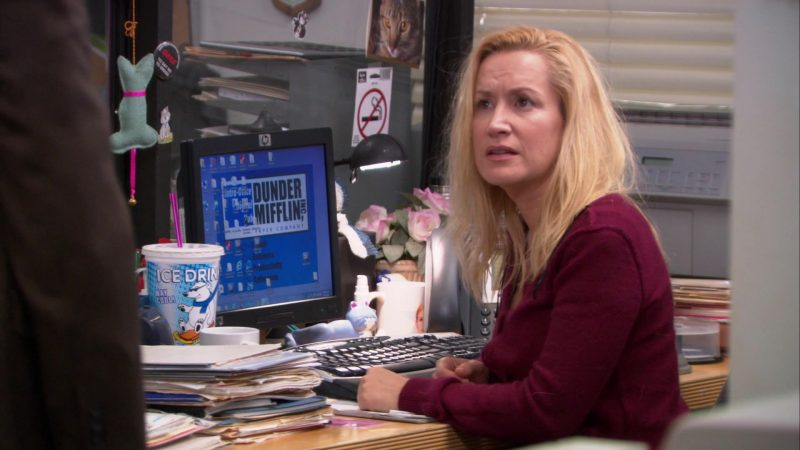 "HP Monitor Used by Angela Kinsey (Angela Martin) in The Office – Season 9, Episode 21, ""Livin' the Dream"" (2013) - TV Show Product Placement"