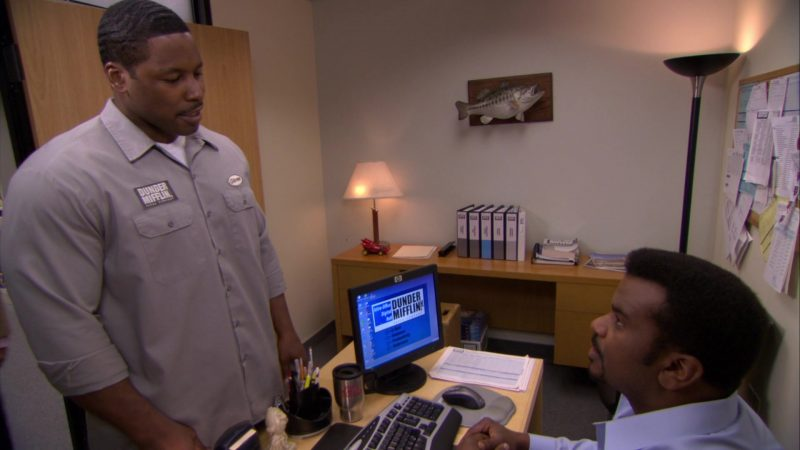 "HP Monitor Used by Craig Robinson (Darryl Philbin) in The Office – Season 6, Episode 24, ""The Cover-Up"" (2010) - TV Show Product Placement"