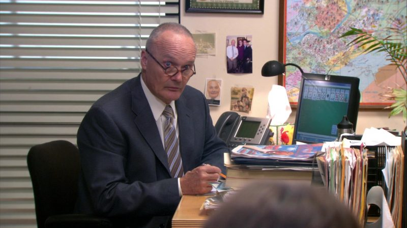 "HP Monitor Used by Creed Bratton in The Office – Season 9, Episode 4, ""Work Bus"" (2012) TV Show Product Placement"