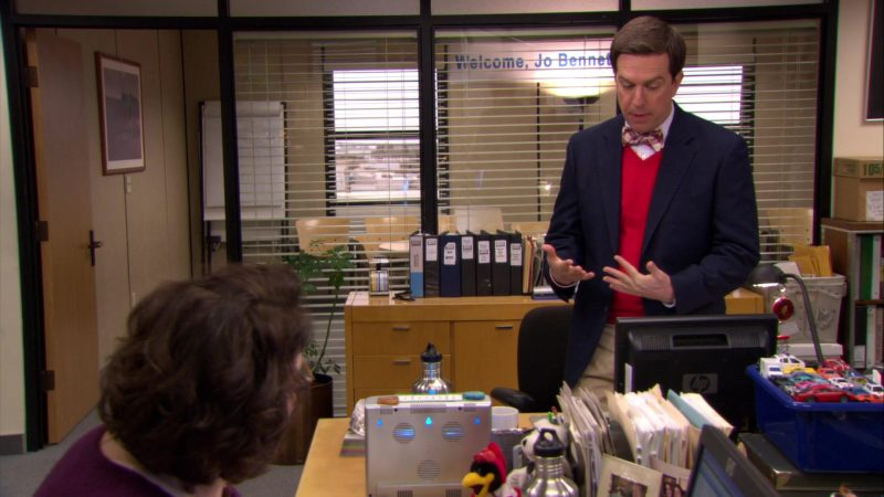 "HP Monitor Used by Ed Helms (Andy Bernard) in The Office – Season 6, Episode 16, ""The Manager and the Salesman"" (2010) - TV Show Product Placement"