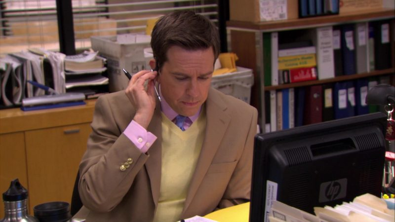 "HP Monitor Used by Ed Helms (Andy Bernard) in The Office – Season 6, Episode 24, ""The Cover-Up"" (2010) - TV Show Product Placement"
