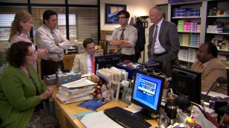 "HP Monitor Used by Ed Helms (Andy Bernard) in The Office – Season 7, Episode 5, ""The Sting"" (2010) - TV Show Product Placement"