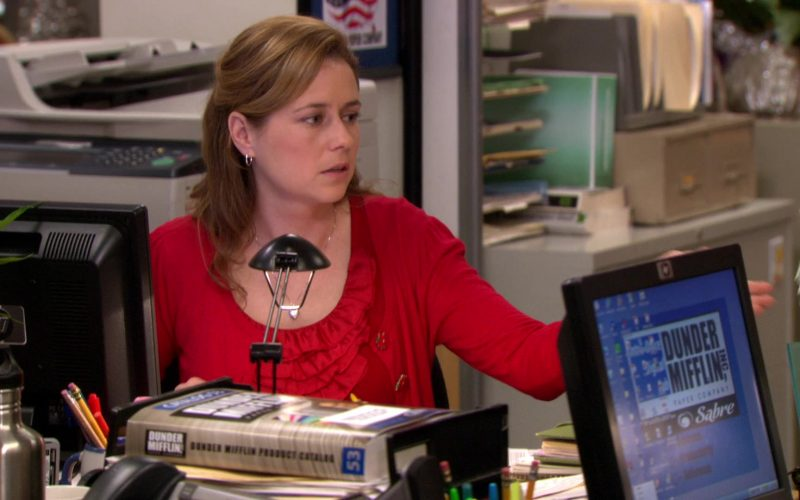 HP Monitor Used by Jenna Fischer (Pam Beesly) in The Office – Season 7, Episodes 11-12 (2)