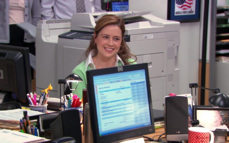 HP Monitor Used by Jenna Fischer (Pam Beesly) in The Office