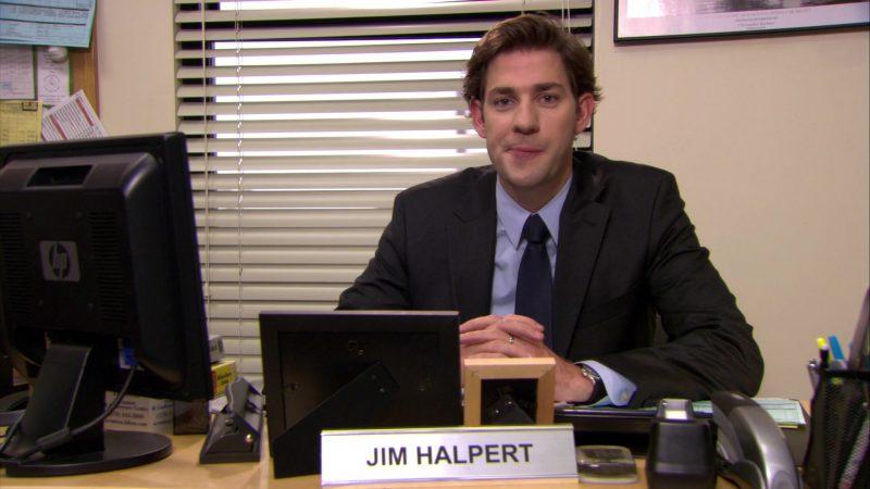 "HP Monitor Used by John Krasinski (Jim Halpert) in The Office – Season 6, Episode 8, ""Koi Pond"" (2009) - TV Show Product Placement"