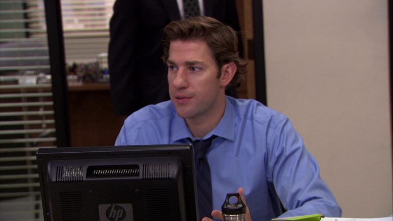 "HP Monitor Used by John Krasinski (Jim Halpert) in The Office – Season 7, Episode 9, ""WUPHF.com"" (2010) - TV Show Product Placement"