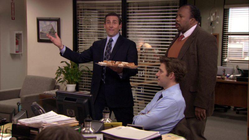 "HP Monitor Used by John Krasinski (Jim Halpert) in The Office – Season 7, Episode 20, ""Training Day"" (2011) - TV Show Product Placement"