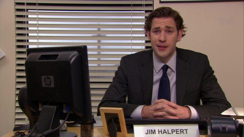 "HP Monitor Used by John Krasinski (Jim Halpert) in The Office – Season 6, Episode 15, ""Sabre"" (2010) TV Show Product Placement"