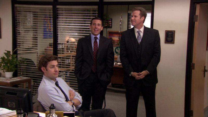 "HP Monitor Used by John Krasinski (Jim Halpert) in The Office – Season 7, Episode 21, ""Michael's Last Dundies"" (2011) - TV Show Product Placement"