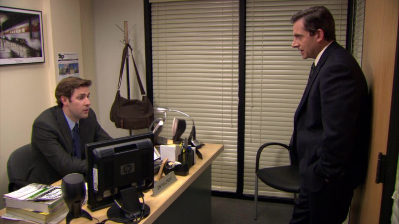 "HP Monitor Used by John Krasinski (Jim Halpert) in The Office – Season 6, Episode 3, ""The Promotion"" (2009) - TV Show Product Placement"