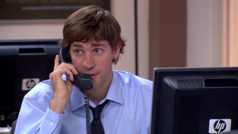"HP Monitor Used by John Krasinski (Jim Halpert) in The Office – Season 3, Episode 5, ""Initiation"" (2006) - TV Show Product Placement"