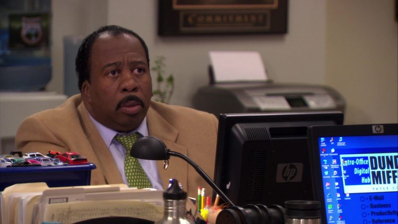 "HP Monitor Used by Leslie David Baker (Stanley Hudson) in The Office – Season 6, Episode 26, ""Whistleblower"" (2010) - TV Show Product Placement"