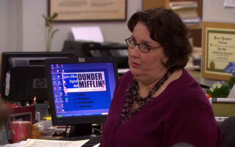 HP Monitor Used by Phyllis Smith (Phyllis Vance) in The Office