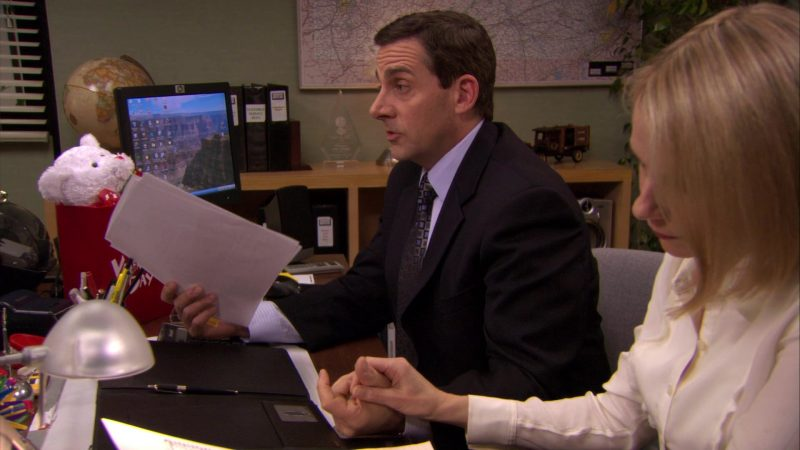"HP Monitor Used by Steve Carell (Michael Scott) in The Office – Season 7, Episode 16, ""PDA"" (2011) - TV Show Product Placement"