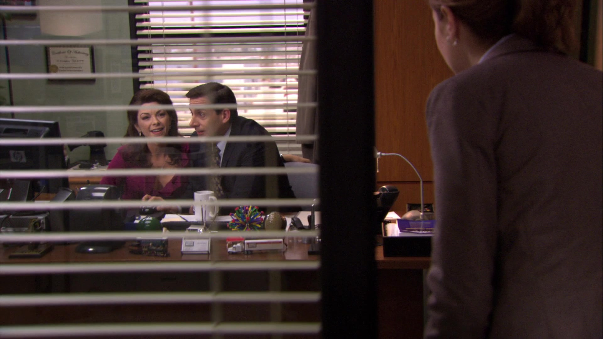 HP Monitor Used by Steve Carell (Michael Scott) in The