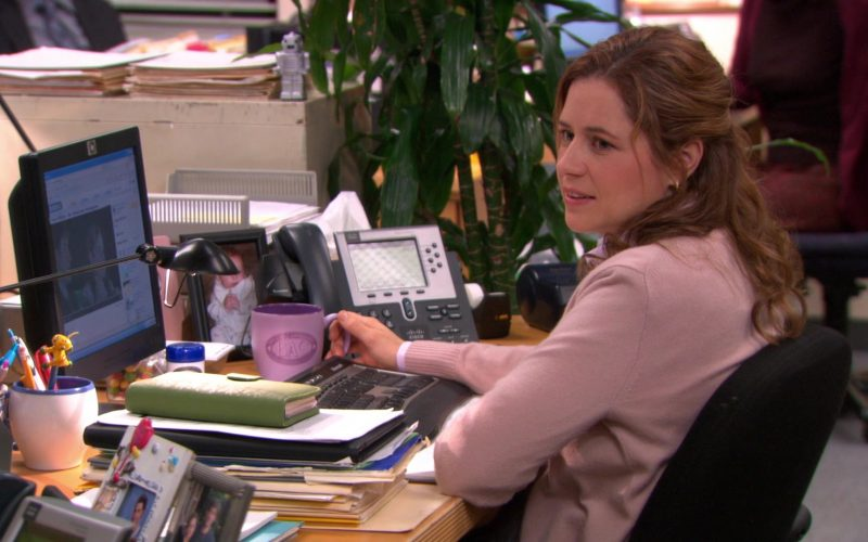 HP Monitor and Cisco Phone Used by Jenna Fischer (Pam Beesly) in The Office (1)