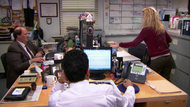 "HP Monitor and Cisco Phone Used by Oscar Nunez (Oscar Martinez) in The Office – Season 9, Episode 21, ""Livin' the Dream"" (2013) - TV Show Product Placement"