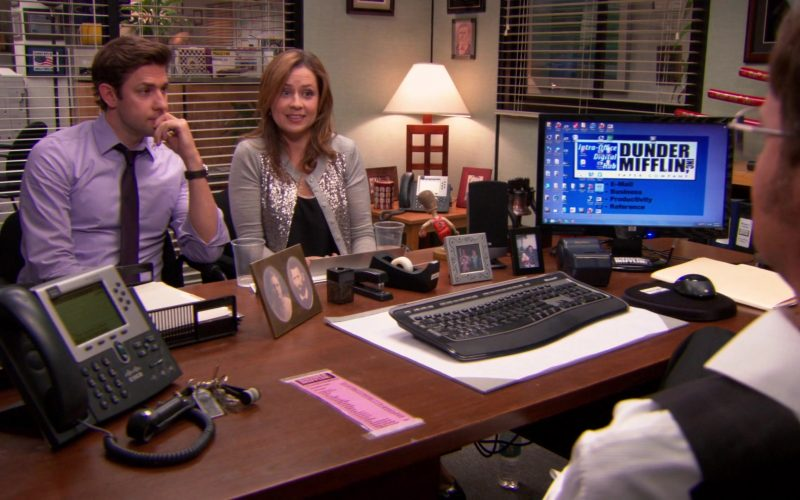 HP Monitor and Cisco Phone Used by Rainn Wilson (Dwight Schrute) in The Office
