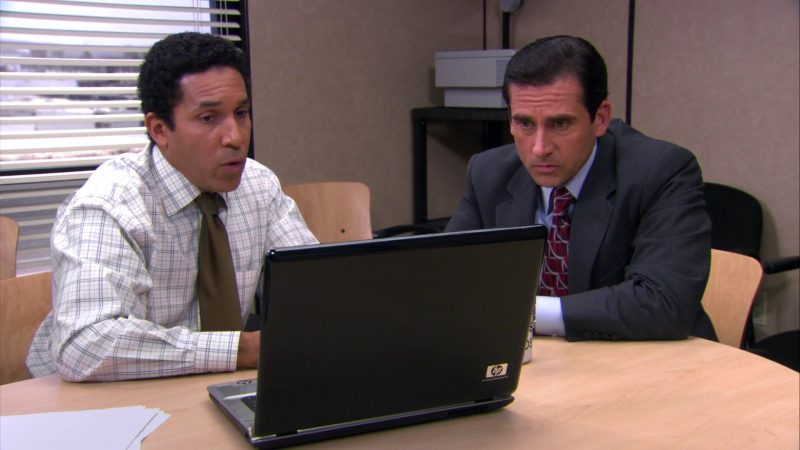 "HP Notebook Used by Steve Carell (Michael Scott) & Oscar Nunez (Oscar Martinez) in The Office – Season 4, Episodes 7-8, ""Money"" (2007) TV Show Product Placement"
