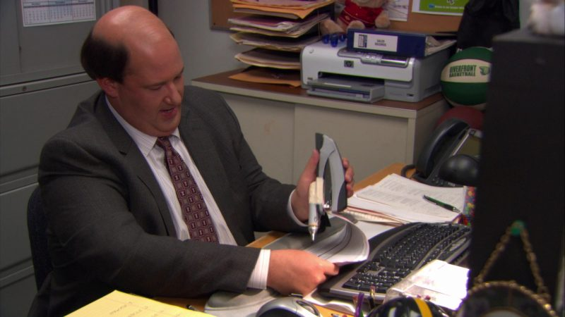 "HP Printer Used by Brian Baumgartner (Kevin Malone) in The Office – Season 8, Episode 8, ""Gettysburg"" (2011) TV Show"