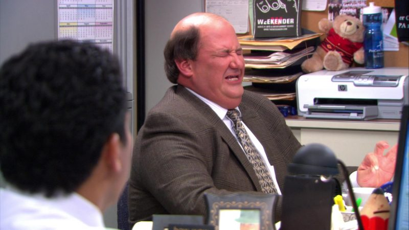 "HP Printer Used by Brian Baumgartner (Kevin Malone) in The Office – Season 9, Episode 6, ""The Boat"" (2012) TV Show Product Placement"