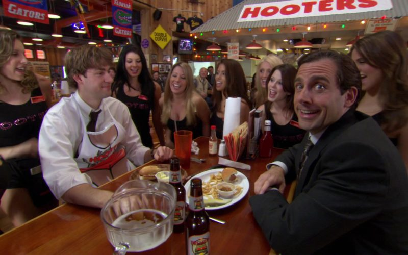 Hooters Restaurant in The Office (4)