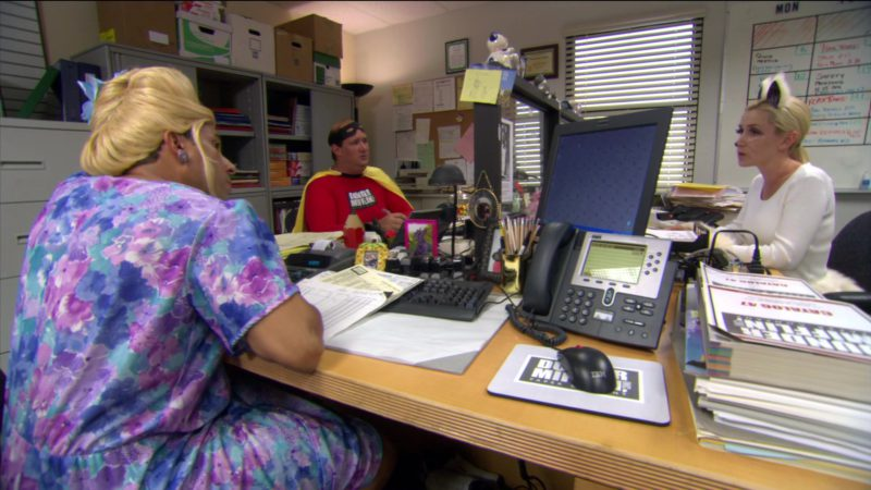 """IBM Computer Mouse and Cisco Telephone Used by Oscar Nunez (Oscar Martinez) in The Office – Season 2, Episode 5, """"Halloween"""" (2005) TV Show Product Placement"""