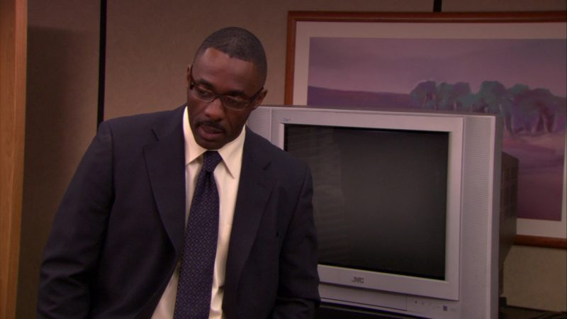"JVC TV in The Office – Season 5, Episode 20, ""New Boss"" (2009) - TV Show Product Placement"