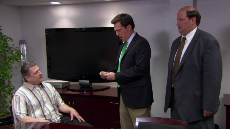 "LG Flat TV in The Office – Season 4, Episode 14, ""Chair Model"" (2008) - TV Show Product Placement"