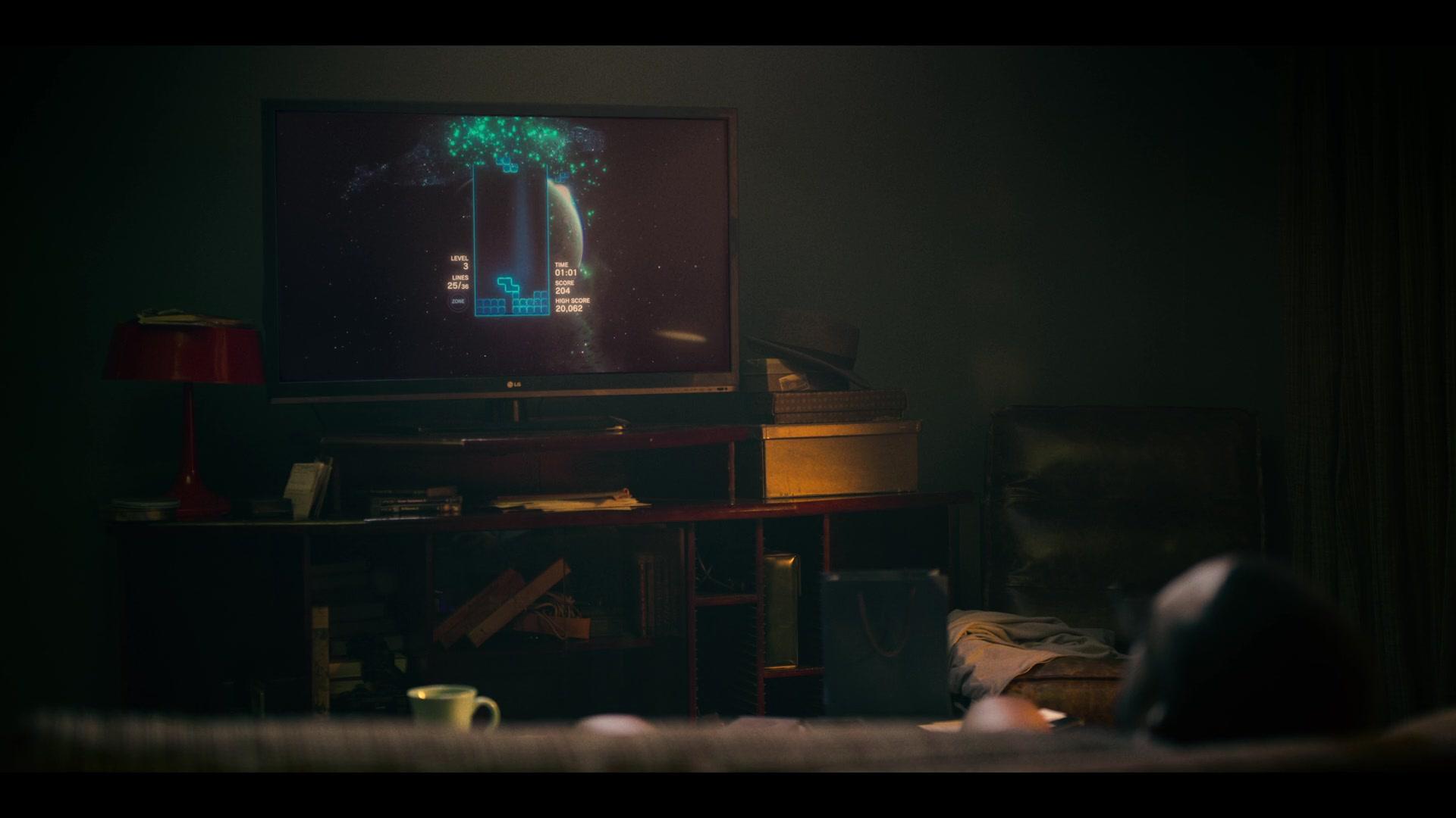 LG TV in Black Mirror - Season 5, Episode 1,