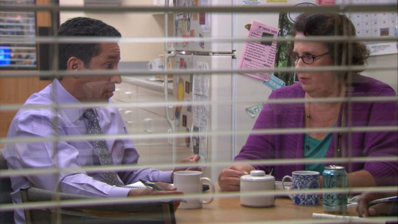 "LaCroix Sparkling Water Enjoyed by Phyllis Smith (Phyllis Vance) in The Office – Season 9, Episode 3, ""Andy's Ancestry"" (2012) - TV Show Product Placement"