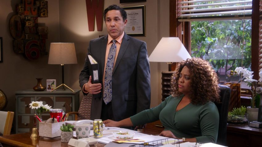 """LaCroix Sparkling Water Enjoyed by Sherri Shepherd in Mr. Iglesias - Season 1, Episode 6, """"Bullying"""" (2019) - TV Show Product Placement"""