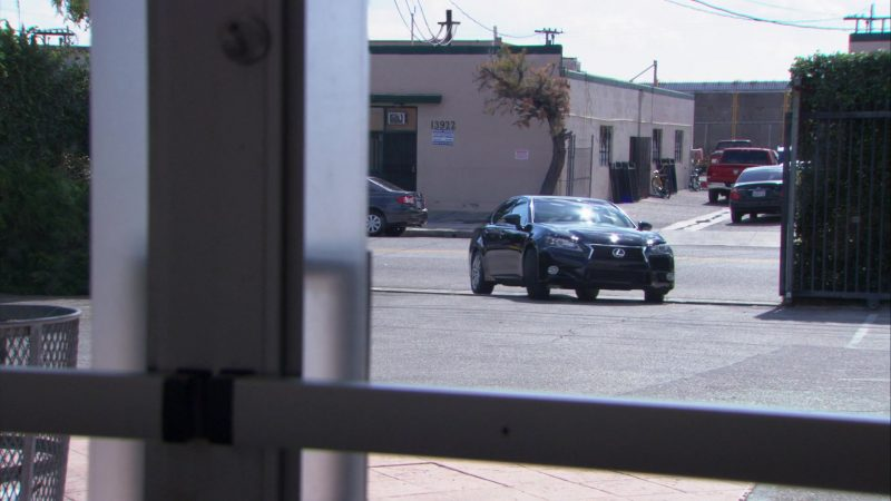 "Lexus GS 350 Car Used by Andy Buckley (David Wallace) in The Office – Season 9, Episode 21, ""Livin' the Dream"" (2013) - TV Show Product Placement"
