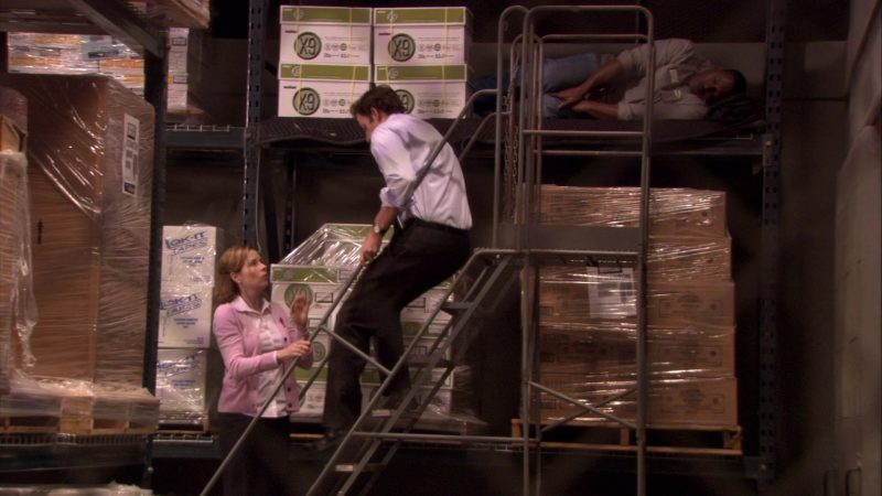 """Lok-It Tapes and Boise X-9 Paper in The Office – Season 7, Episode 16, """"PDA"""" (2011) - TV Show Product Placement"""