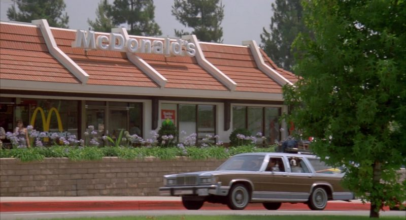 McDonald's Restaurant in Beethoven's 2nd (1993) - Movie Product Placement