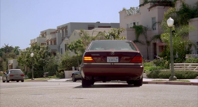 Mercedes-Benz 500 SEL [W140] Car Used by Debi Mazar in Beethoven's 2nd (1993) - Movie Product Placement