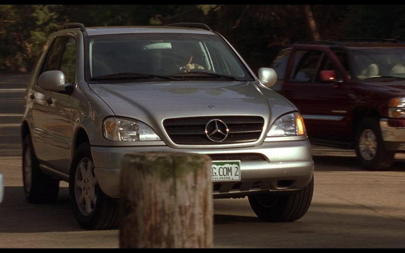 Mercedes-Benz ML 430 [W163] SUV in Beethoven's 4th (3)