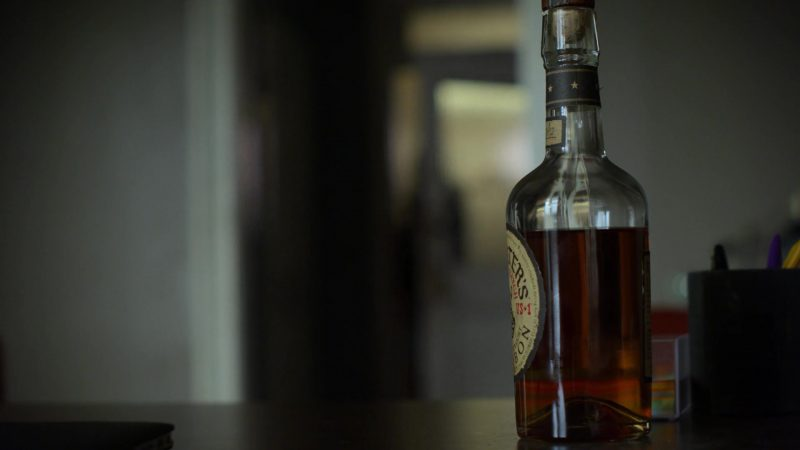 """Michter's Bourbon Drunk by Krysten Ritter in Jessica Jones - Season 3, Episode 9, """"A.K.A I Did Something Today"""" (2019) - TV Show Product Placement"""