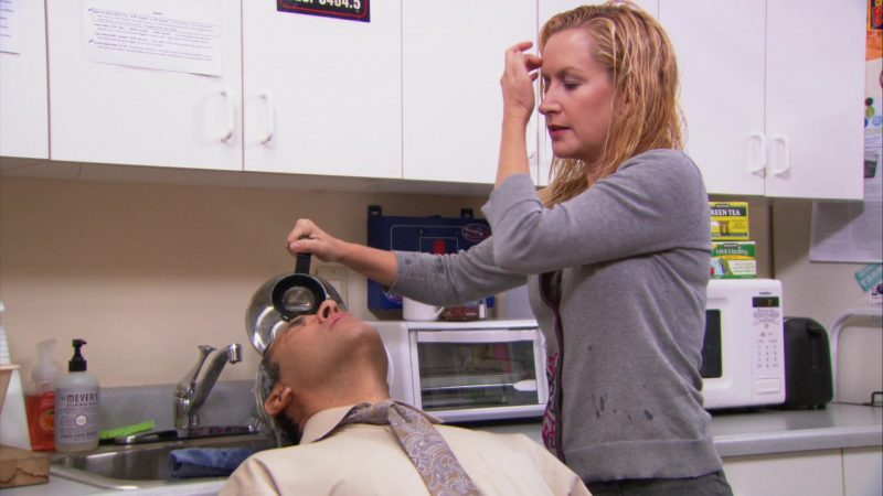 """Mrs. Meyer's Clean Day in The Office – Season 9, Episode 10, """"Lice"""" (2013) - TV Show Product Placement"""