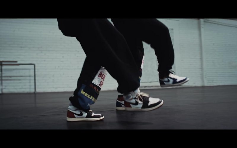 Nike Sneakers Worn by Chris Brown in Easy (Remix) (3)