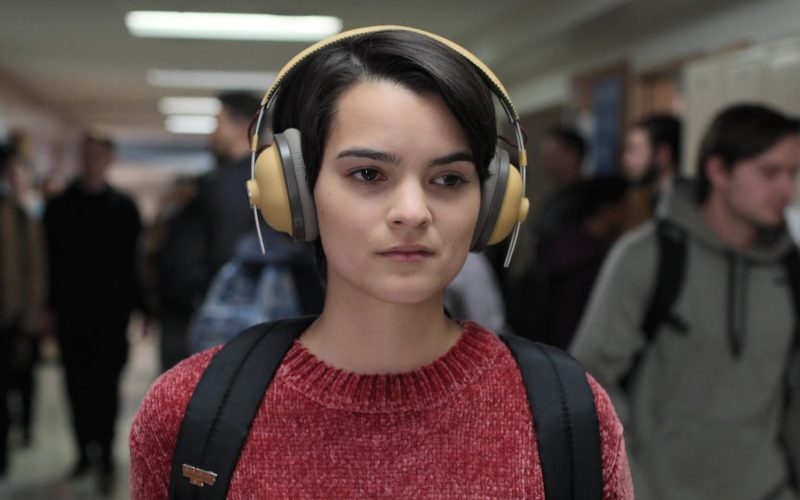 Panasonic Headphones Used by Brianna Hildebrand (Elodie Davis) in Trinkets (1)