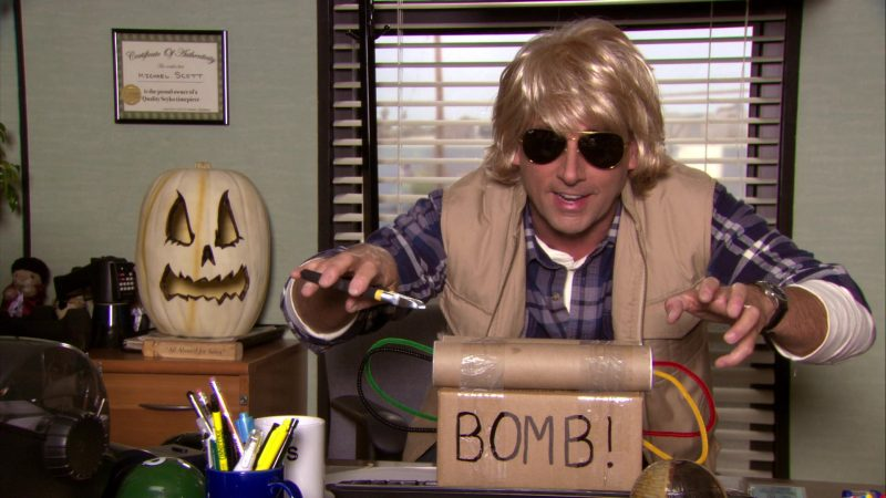 """Ray-Ban Aviator Sunglasses Worn by Steve Carell (Michael Scott) in The Office – Season 7, Episode 6, """"Costume Contest"""" (2010) - TV Show Product Placement"""
